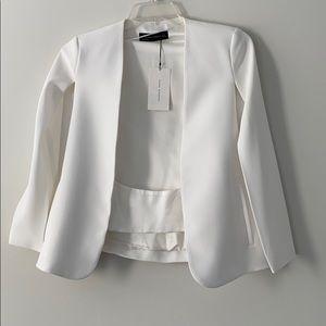 ZARA brand new cape blazer no sleeve white size S
